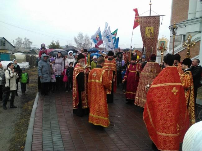 16 апреля 2017 года - традиционный крестный ход на Пасху. Фоторепортаж