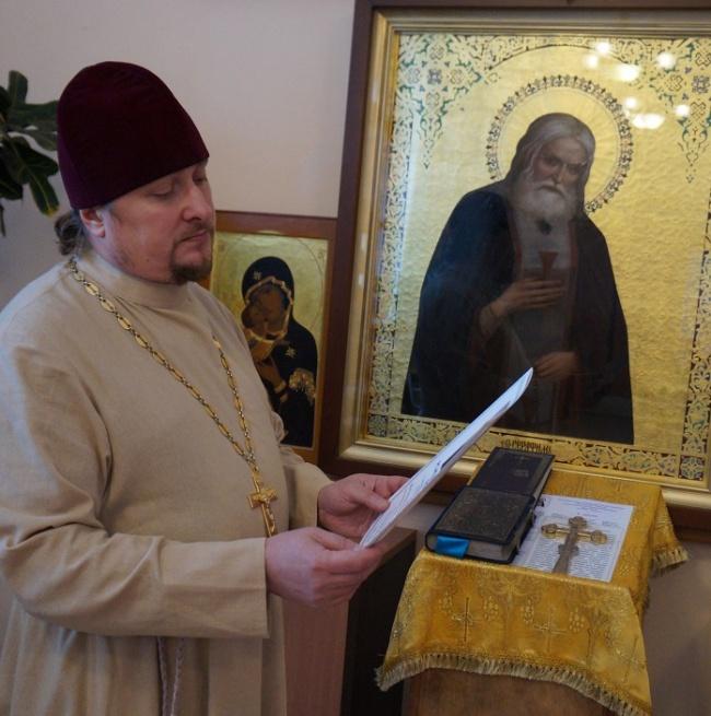 Благочинный города Бердска, протоиерей Георгий: «В Рождество прошлое соединяется с настоящим»